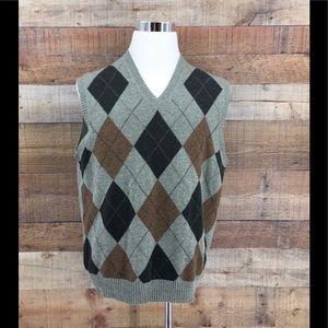 Brooks BrothersMen's LambsWool Argyle Sweater Vest